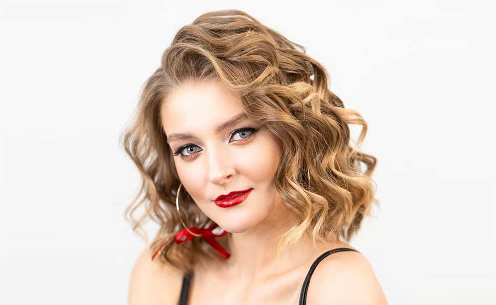 How to Curl Short Hair with a Flat Iron